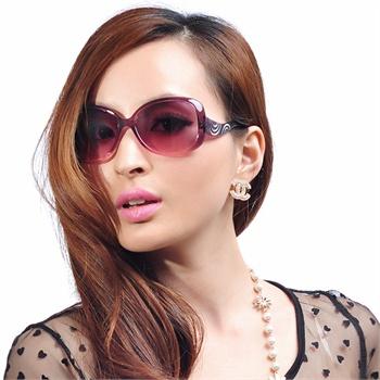 益盾正品2013新款 防紫外线 大框女款太阳镜 时尚优雅百搭款 9307