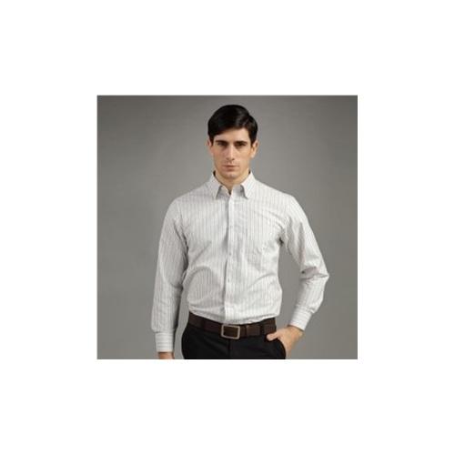 烟灰色衬衫搭配