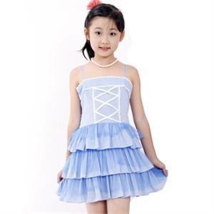 可爱女童吊带连衣裙 高清图片
