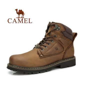 棕色马丁靴跟袜子怎么搭配
