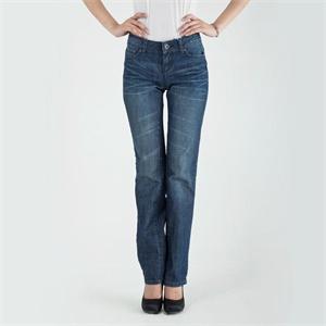 直筒 女牛仔裤