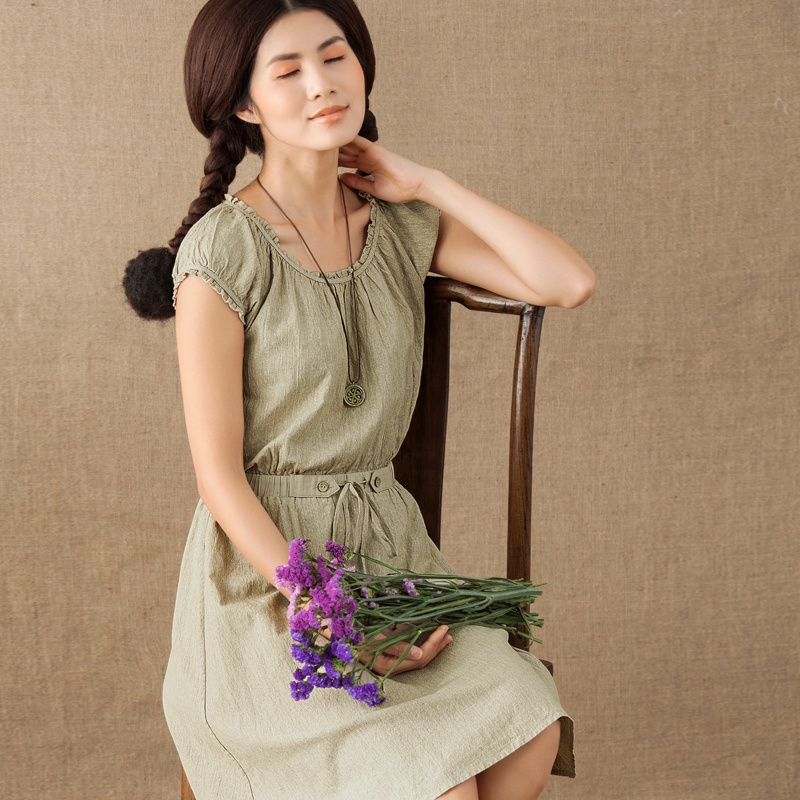 茵曼2014夏装新款棉质花边圆领抽绳收腰短袖连衣裙