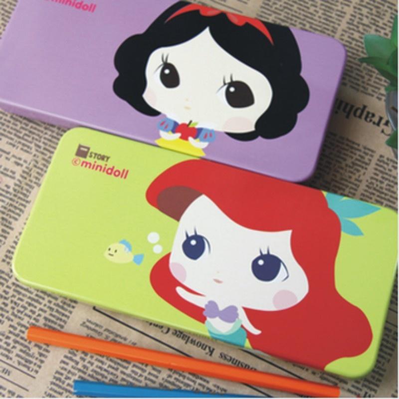 日照鑫 韩国文具进口 大头娃娃马口铁铅笔盒大容量结实 宽扁金属文具