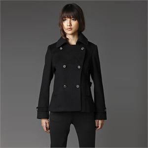 黑色短风衣_黑色短风衣搭配图片